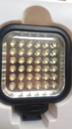 Iluminador Godox 36 com 36 Leds Com Dimmer Novo mas com Lente Rachada