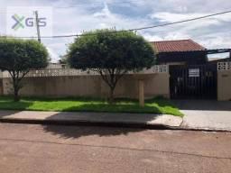 Casa com 3 dormitórios à venda por R$ 330.000 - Jardim Santa Cruz - Campo Mourão/PR