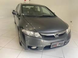 Honda civic 1.8 lxs 16V 4P manual