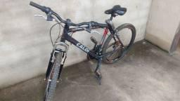 Bike Caloi a venda. R$ 400,00.