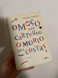 Livro: O moço que carregou o morto nas costas - Ricardo Azevedo