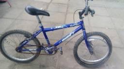 Vendo 2 bicicletas usadas com pequenas avarias
