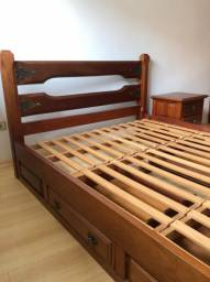 Cama casal madeira mogno