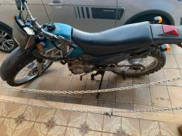 Moto XT 225cc raridade