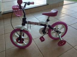 Vendo bicicleta aro 10.