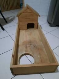 Casa de madeira para cágado