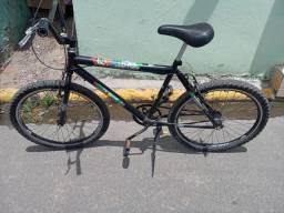 Bike com jante aero toda boa