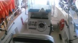Lancha Fishing Wellcraft 22 pés motor 150 HP - 2003