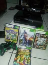Xbox 360 500GB Bloqueado Só Pegar Jogos Originais O Console Está Bem Conservado