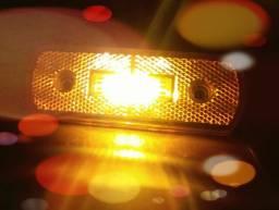 Lanternas lateral p/ caminhões