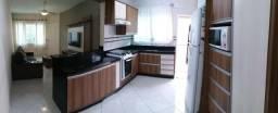 Linda Casa ampla e mobiliada localizada no Palmares em Forquilhas - São José