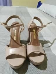 Sandálias de ótimas marcas