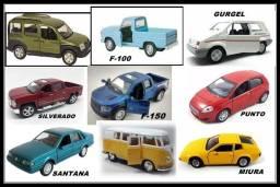 Miniaturas de carro para coleção ou brinquedo