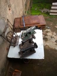 Peças de maquina antiga