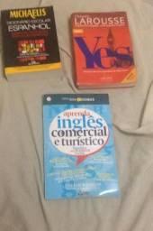 2 Dicionarios mais 1 livro