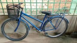 Essa . bicicleta ta muito boa .