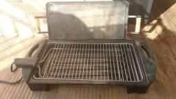 Combo churrasqueira elétrica grill + chapa de ferro
