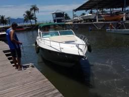 Aluguel de Lancha Real Class para passeios na Costa Verde