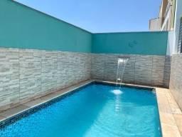 Casa com piscina - em Cond. Horto Florestal - Sorocaba- 4dts 2 suites -