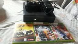 Vendo Xbox 360 bloqueado mais 3 jogos