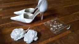 Sapato Scarpin branco nº 33