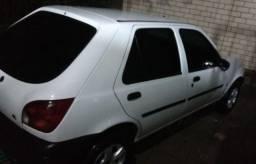 Fiesta modelo 2000 branco