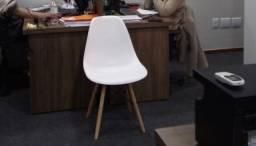 Cadeiras Eames - Semi novas