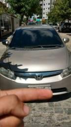 Honda Civic alienado