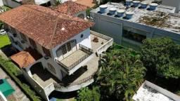 Casa para venda de 3 pavimentos, antiga Praça Jornal do Comércio, 5 quartos, 1050 m2