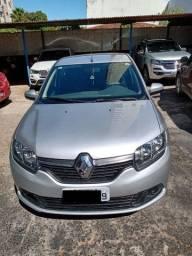 Renault Logan Expression 1.6 - 8v - 4P (ano 2014/14)