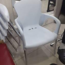 6 cadeiras por 500 (ideais para salão)