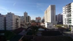Apartamento mobiliado 2 dormitórios com sacada Cidade Ocian Praia Grande