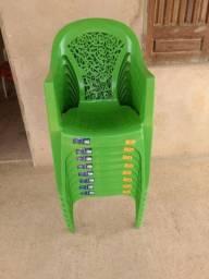 vendo 8 Cadeiras novas