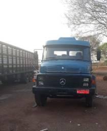 Caminhão boiadeiro - 1113 - ano 78