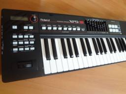 Roland XPS-10 Sintetizador