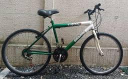 Bicicleta aro 24 com 18 marchas
