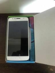 Smartphone Moto G5S Plus azul topázio