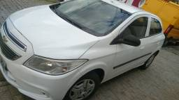 Onix LT completo + GNV