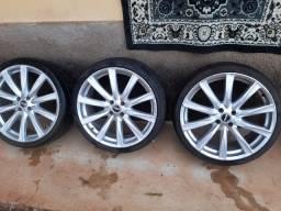 Roda 19 pneu semi novos