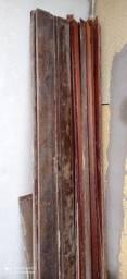 02 Caixas  de porta de madeira.