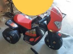 Moto elétrica 2 meses de uso
