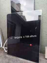 Porta de vidro com insulfilm