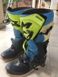 Bota Alpinestars trilha/motocross e capacete ASw