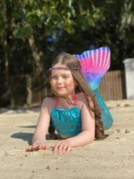 Cauda de sereia com nadadeira e Biquíni completo