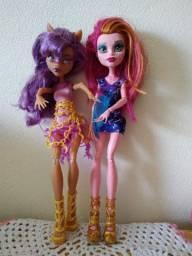 Vendo duas bonecas Monsters high.