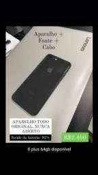 iPhone 8 Plus de vitrine, bateria 92%
