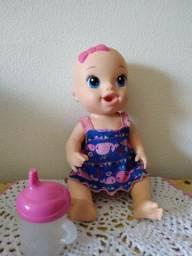 Vendo uma boneca Baby Alive