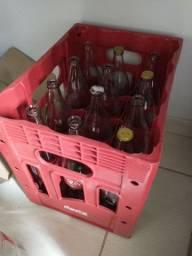 Engradado de Coca-Cola com 12 garrafas