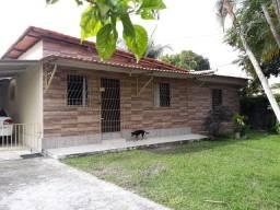 Vende-se ou troca esta casa por uma em camacari