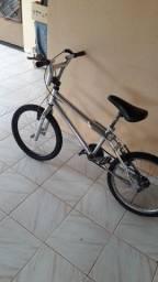 Bicicleta croisinha cromada